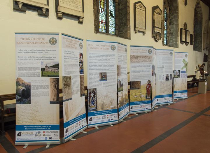 Arddangosfa, Eglwys Gadeiriol Bangor; Exhibition at Bangor Cathedral